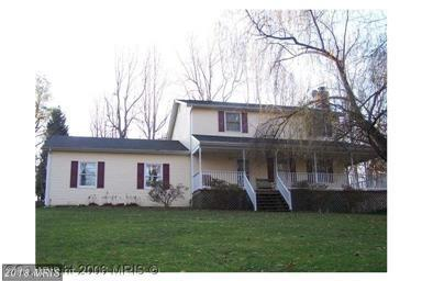 1230 Hollyberry Court, Huntingtown, MD 20639 (#CA10249073) :: LoCoMusings