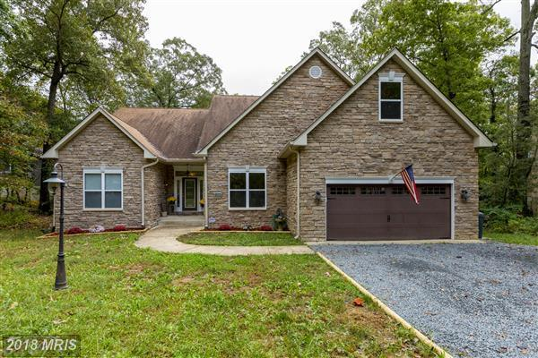 902 Hungerford Road, Lusby, MD 20657 (#CA10272993) :: AJ Team Realty