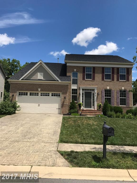 2619 Homecoming Lane, Waldorf, MD 20603 (#CH10000486) :: Pearson Smith Realty