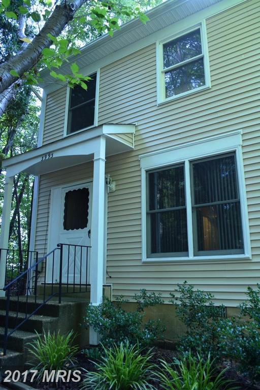 3993 Wintergreen Place, Waldorf, MD 20602 (#CH10033555) :: Pearson Smith Realty