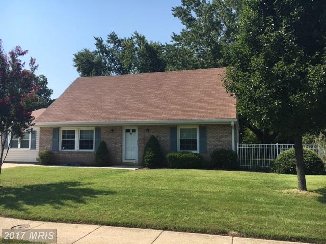 221 Barksdale Avenue, Waldorf, MD 20602 (#CH10038201) :: Pearson Smith Realty