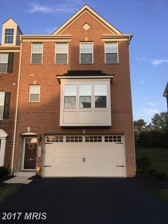 12303 Broadstone Place, Waldorf, MD 20601 (#CH10073989) :: LoCoMusings