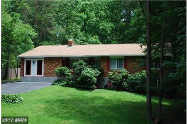 6235 Oak Hill Drive, Sykesville, MD 21784 (#CR9885834) :: Pearson Smith Realty
