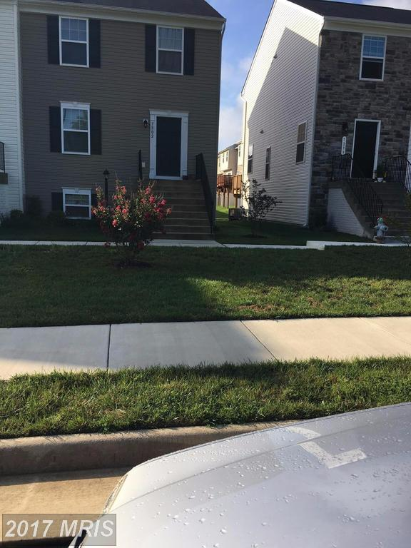 7302 Statesman Boulevard, Ruther Glen, VA 22546 (#CV10046411) :: Pearson Smith Realty
