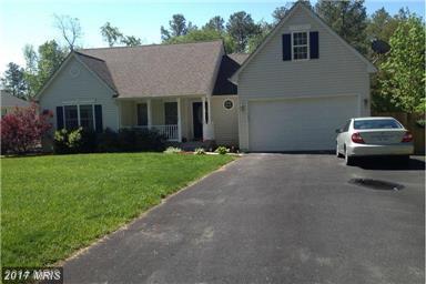 501 Lewis Drive, Ruther Glen, VA 22546 (#CV9979727) :: LoCoMusings