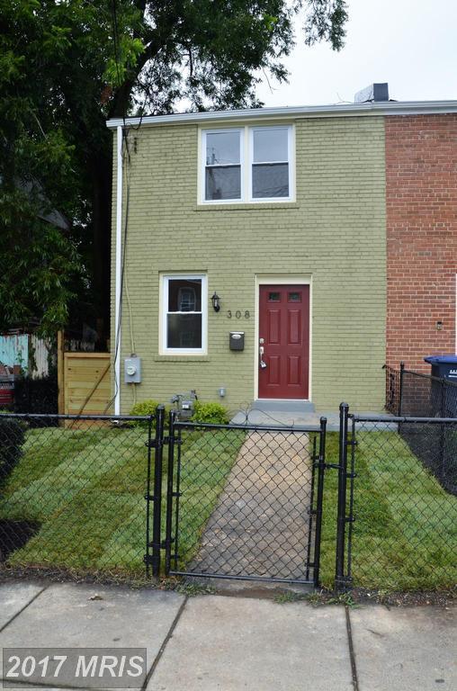 308 63RD Street NE, Washington, DC 20019 (#DC10036061) :: Pearson Smith Realty