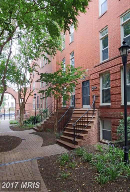 1455 A Street NE D, Washington, DC 20002 (#DC10058140) :: Pearson Smith Realty