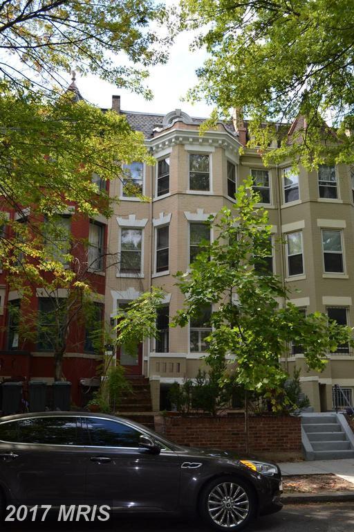 116 3RD Street NE, Washington, DC 20002 (#DC10058322) :: Pearson Smith Realty