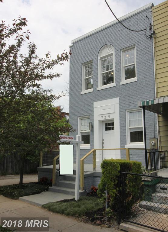 729 Roxboro Place NW, Washington, DC 20011 (#DC10223246) :: Dart Homes