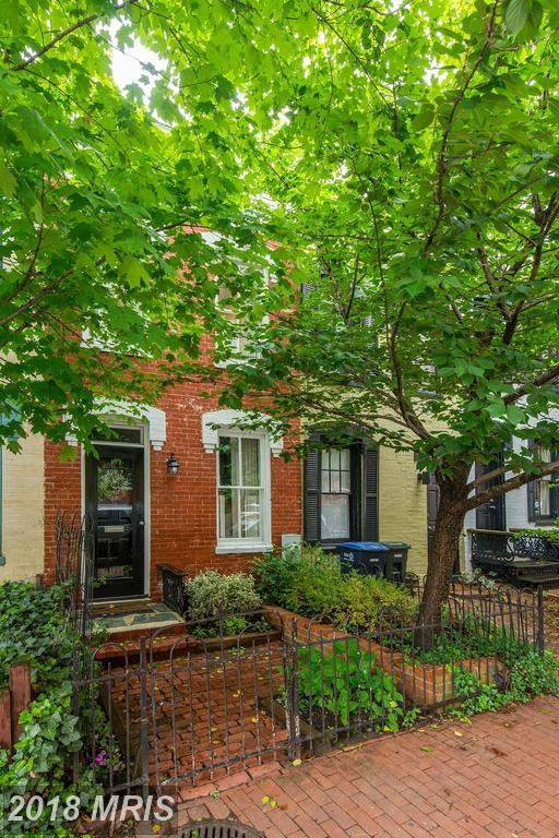 1257 35TH Street NW, Washington, DC 20007 (#DC10245058) :: Dart Homes
