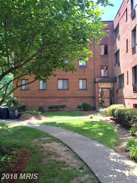 4723 1ST Street SW #101, Washington, DC 20032 (#DC10267371) :: The Withrow Group at Long & Foster