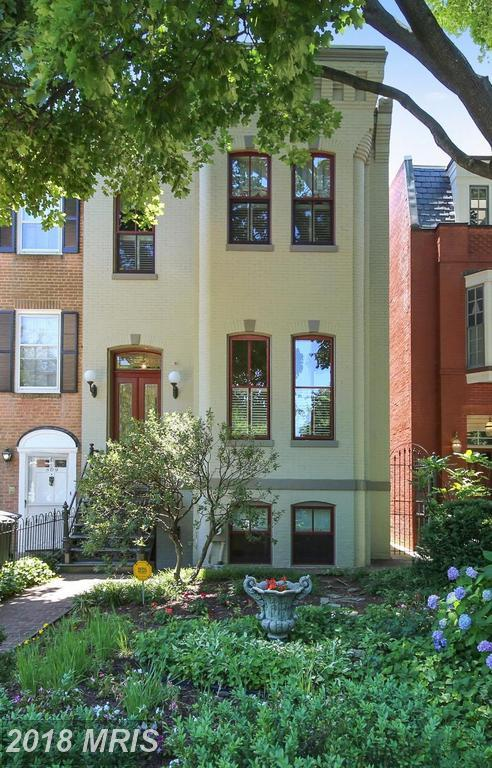 807 East Capitol Street SE, Washington, DC 20003 (#DC10274298) :: The Foster Group