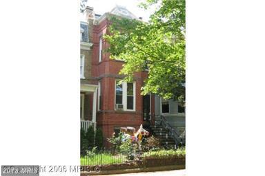 220 14TH Street NE, Washington, DC 20002 (#DC10355202) :: Circadian Realty Group