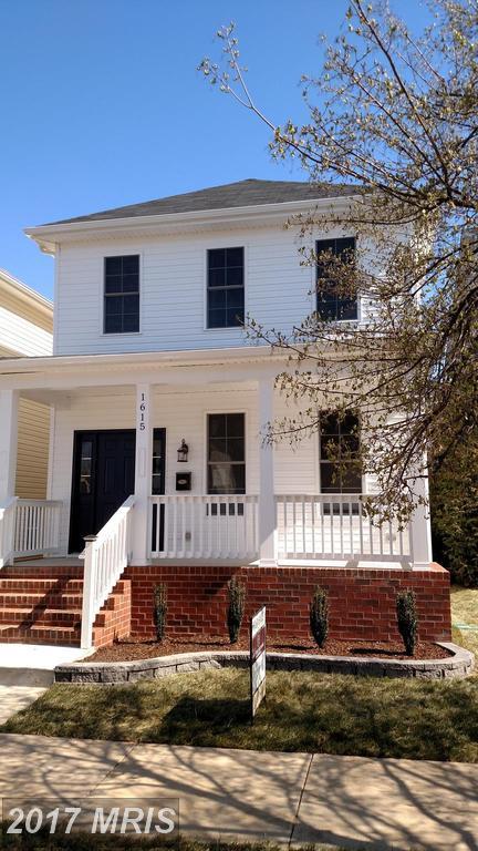 1305 Charles Street, Fredericksburg, VA 22401 (#FB10039475) :: Pearson Smith Realty