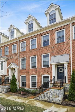 10621 Yorktown Drive, Fairfax, VA 22030 (#FC10163378) :: Provident Real Estate