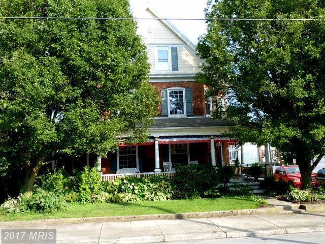 123 Broad Street, Waynesboro, PA 17268 (#FL10023111) :: Pearson Smith Realty