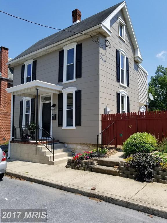 111 Harrison Avenue, Waynesboro, PA 17268 (#FL10024214) :: Pearson Smith Realty