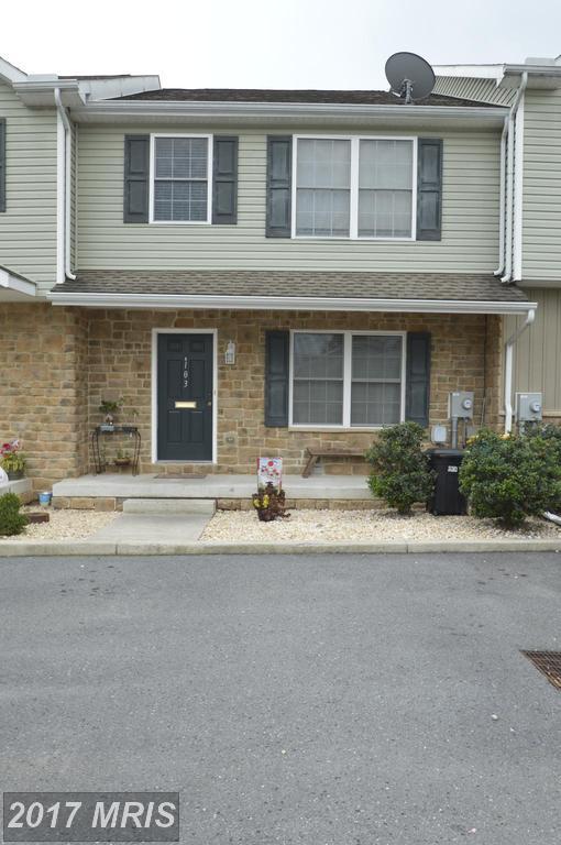 103 Green Street, Waynesboro, PA 17268 (#FL10048835) :: Pearson Smith Realty