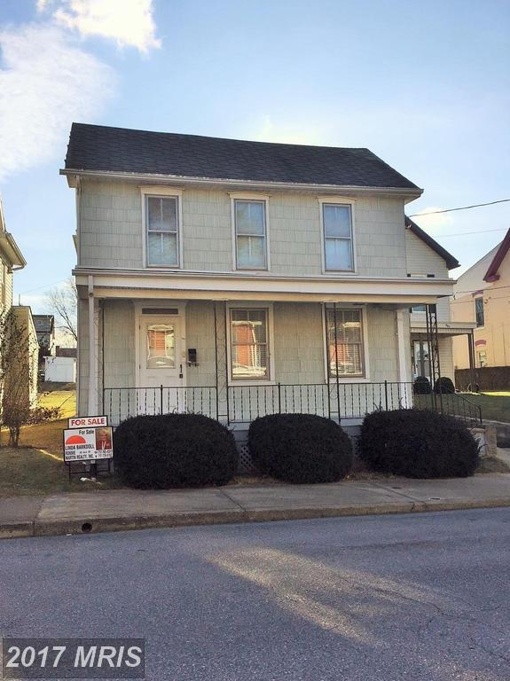 305 Church Street, Waynesboro, PA 17268 (#FL10125293) :: Pearson Smith Realty