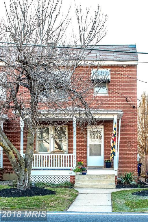207 Monroe Avenue, Frederick, MD 21701 (#FR10185503) :: The Sebeck Team of RE/MAX Preferred