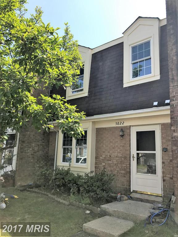 5822 Burke Manor Court, Burke, VA 22015 (#FX10012945) :: Pearson Smith Realty