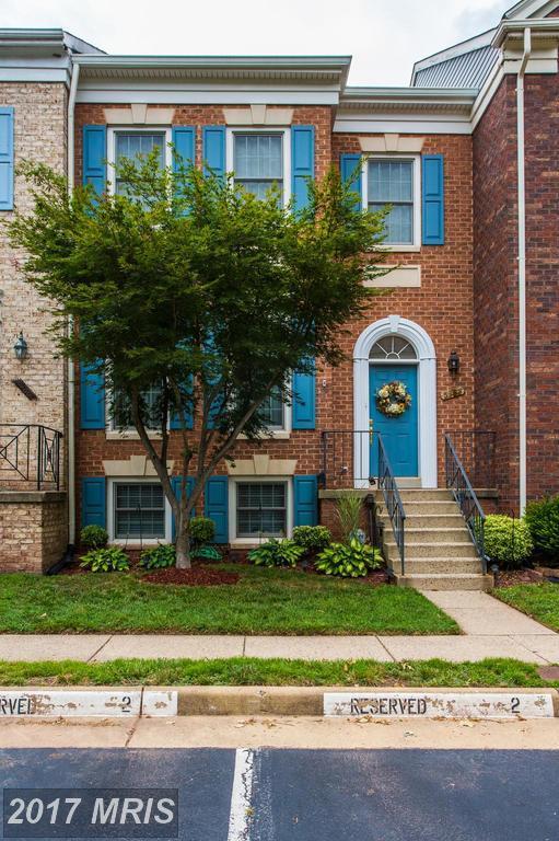 5158 Woodfield Drive, Centreville, VA 20120 (#FX10014158) :: Provident Real Estate