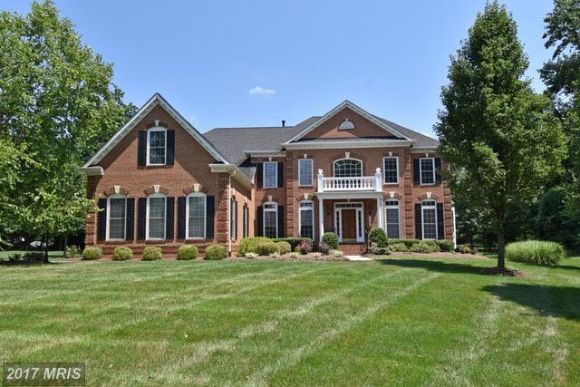 1367 Hardison Lane, Mclean, VA 22102 (#FX10015404) :: Provident Real Estate
