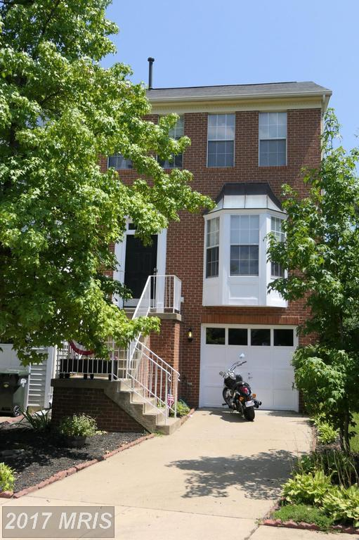 14221 Glade Spring Drive, Centreville, VA 20121 (#FX10021912) :: Pearson Smith Realty