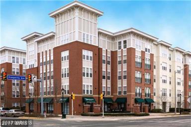 2655 Prosperity Avenue #245, Fairfax, VA 22031 (#FX10024073) :: Pearson Smith Realty