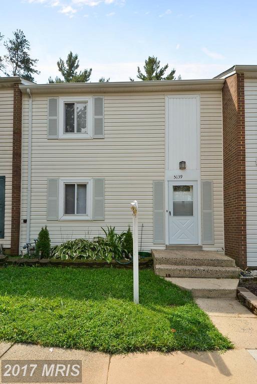 5139 Arrit Court, Burke, VA 22015 (#FX10031021) :: A-K Real Estate
