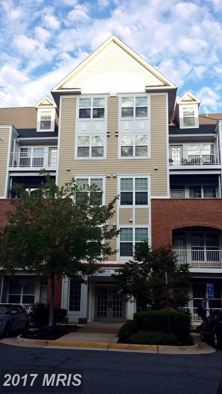 2710 Bellforest Court #105, Vienna, VA 22180 (#FX10038965) :: LoCoMusings