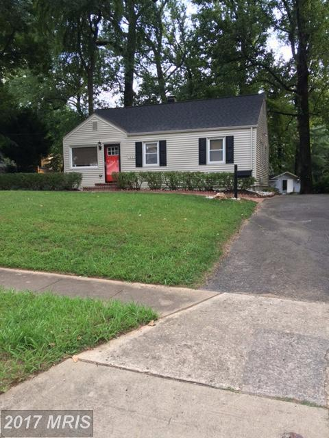 1920 Hillside Drive, Falls Church, VA 22043 (#FX10051254) :: Pearson Smith Realty
