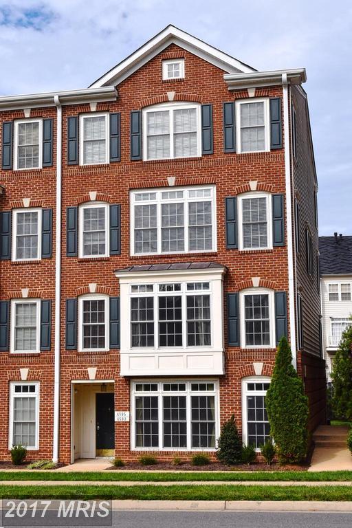 4593 Whittemore Place #1131, Fairfax, VA 22030 (#FX10057088) :: LoCoMusings