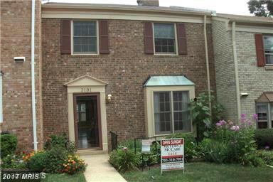 3191 Stonehurst Drive, Fairfax, VA 22031 (#FX10060471) :: Provident Real Estate