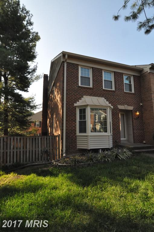 4761 Gainsborough Drive, Fairfax, VA 22032 (#FX10063171) :: Arlington Realty, Inc.