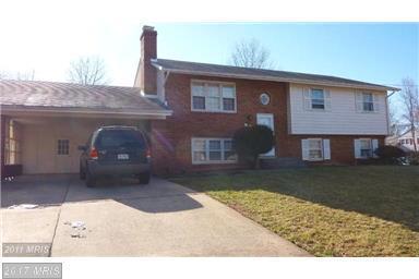 5211 Kimanna Dr, Centreville, VA 20120 (#FX10079311) :: Jacobs & Co. Real Estate