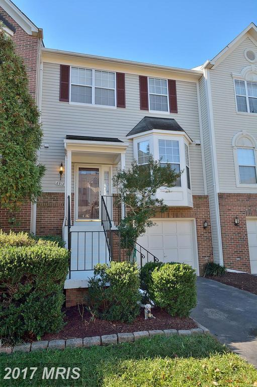 6918 Kerrywood Circle, Centreville, VA 20121 (#FX10086225) :: The Vashist Group