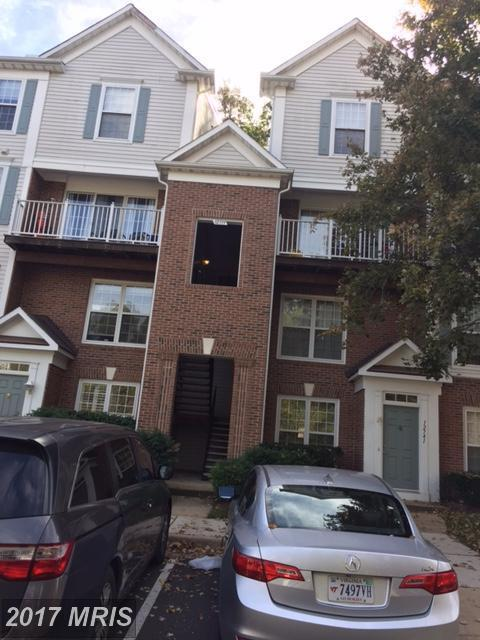 12739 Fair Crest Court 48-302, Fairfax, VA 22033 (#FX10092395) :: Pearson Smith Realty