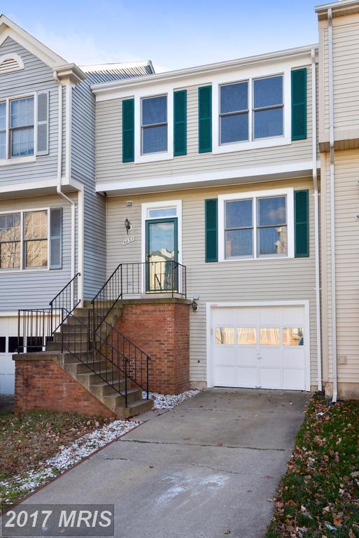 5837 Watermark Circle, Centreville, VA 20120 (#FX10099740) :: Long & Foster