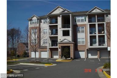 12128 Garden Ridge Lane #402, Fairfax, VA 22030 (#FX10125699) :: Pearson Smith Realty