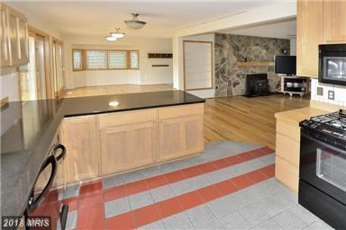2200 Kilt Court, Alexandria, VA 22308 (#FX10138343) :: Browning Homes Group