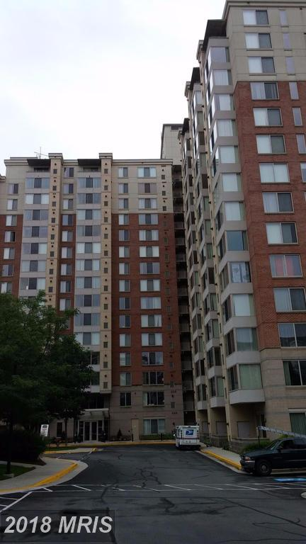 2726 Gallows Road #806, Vienna, VA 22180 (#FX10142903) :: Dart Homes