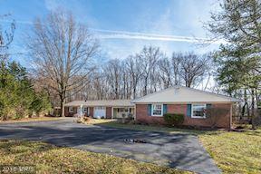 12931 Point Pleasant Drive, Fairfax, VA 22033 (#FX10159064) :: Green Tree Realty
