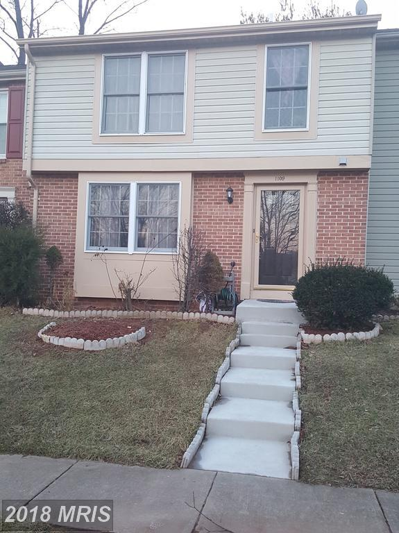 1109 Lopez Lane, Herndon, VA 20170 (#FX10159969) :: Network Realty Group