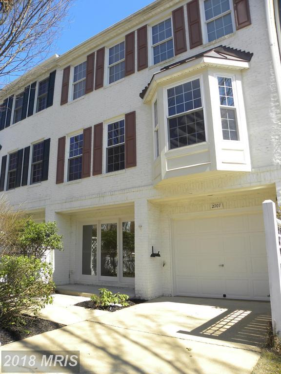 2707 Curzon Court, Vienna, VA 22181 (#FX10187370) :: Arlington Realty, Inc.