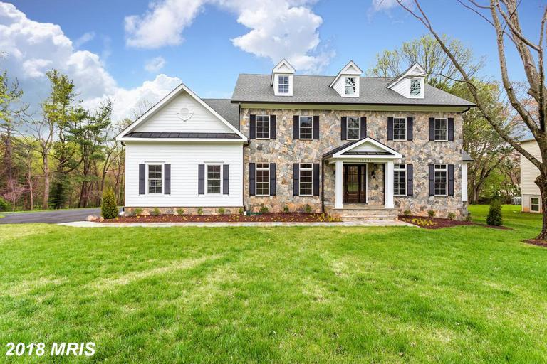 10331 Carol Street, Great Falls, VA 22066 (#FX10214212) :: Great Falls Great Homes