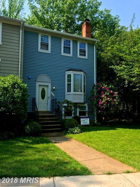 10055 Chestnut Wood Lane, Burke, VA 22015 (#FX10237746) :: Advance Realty Bel Air, Inc