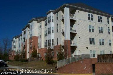 2911 Deer Hollow Way #124, Fairfax, VA 22031 (#FX10247310) :: The Greg Wells Team