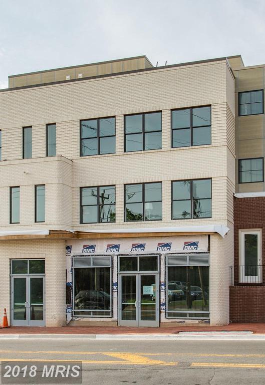 702 Elden Street, Herndon, VA 20170 (#FX10298243) :: Provident Real Estate