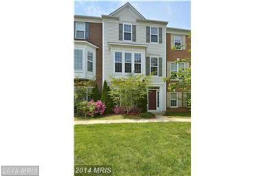 5030 Cool Fountain Lane, Centreville, VA 20120 (#FX10300988) :: Pearson Smith Realty
